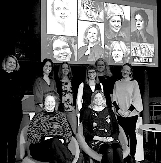 Foran: Linda Gabrielsen og Åse Ombustvedt,  Bak:  Marie Haavik, Marit Borkenhagen (Norsk Litteraturfestival), Magnhild Bruheim, Hallfrid Velure, Victoria Bø (DnF), Cathrine Strøm (Litteraturhus Lillehammer)